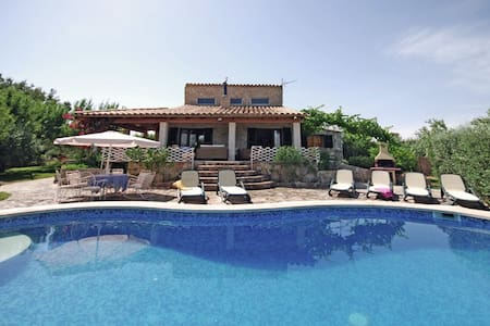 Country house with pool and views - Inca