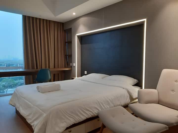 *NEW* Furnished Studio U Residence 2 *POOL VIEW *