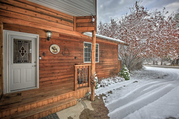 NEW! Cozy & Pet-Friendly Libby Cottage on Creek!