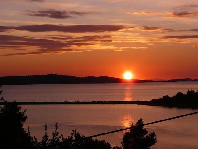 Dugi otok cosy apartment with wonderful view  :)