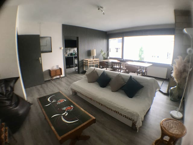 Apartm. near station, between Ghent and Brussels