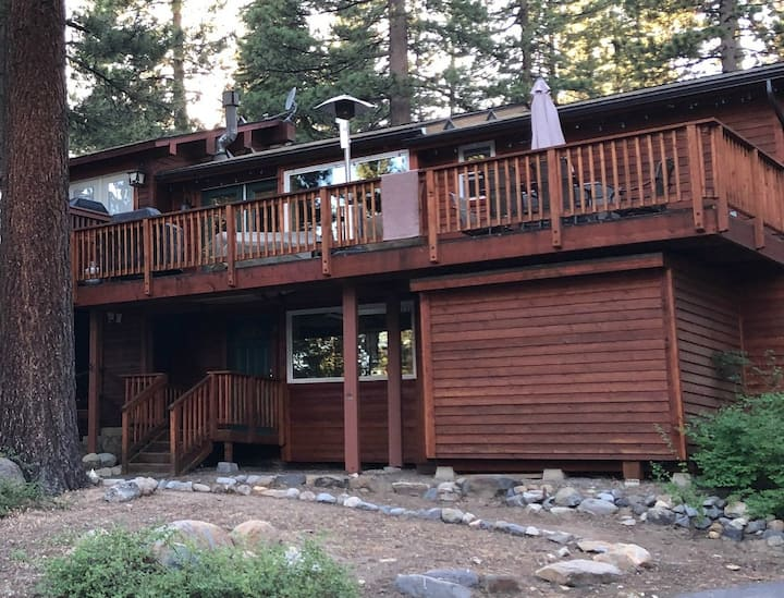 Recently Rennovated Spacious North Lake Tahoe Home