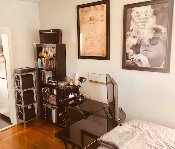 Convenient DT Studio Apt+Modern Technology-Yale/NH
