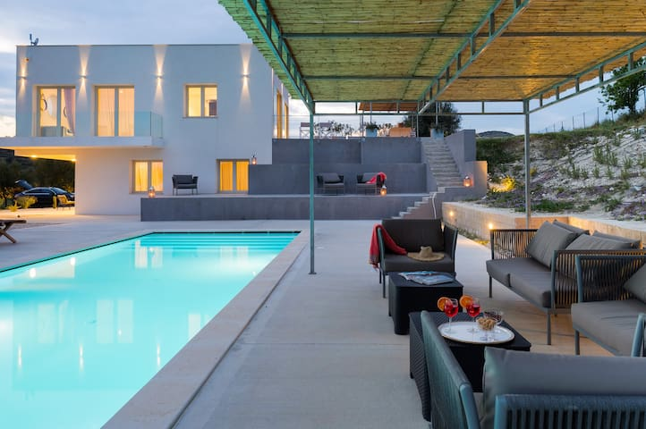 Villa Bochini - 6 Guests