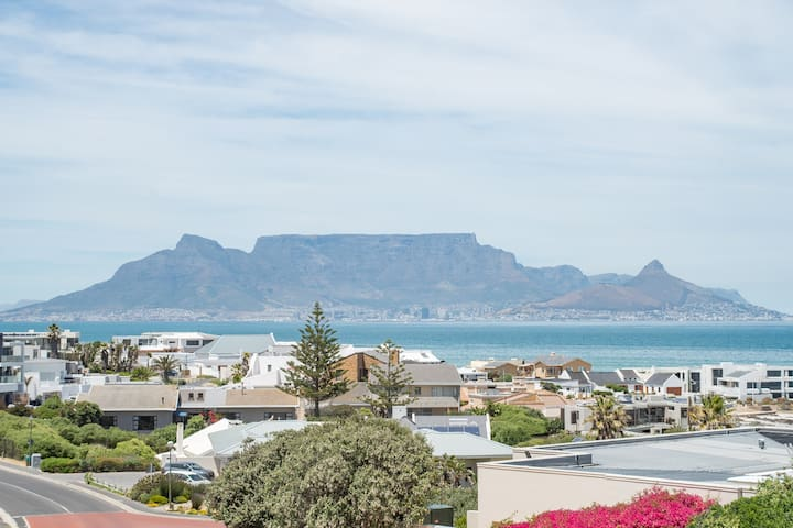 Bloubergstrand- Postcard view- Cape Town.