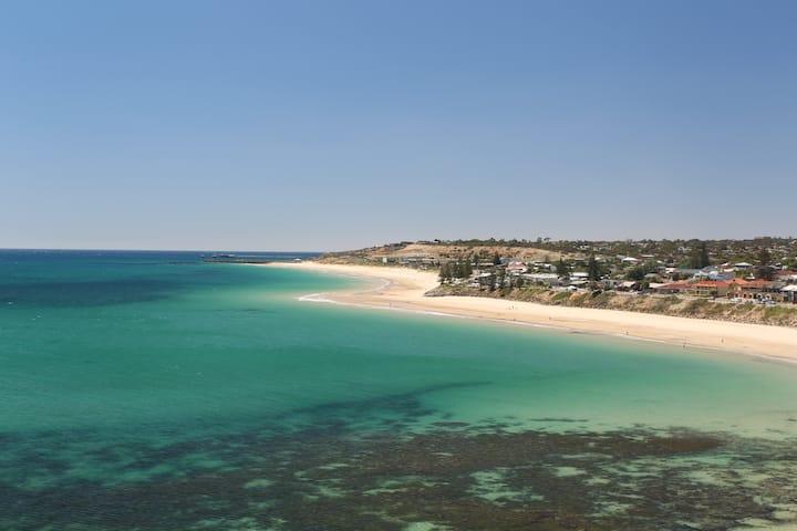 Christies Beach Home Stay