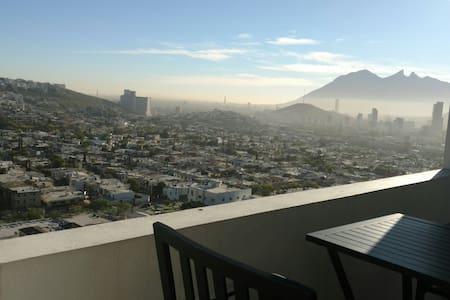 Amplio dep. 2 rec. HERMOSA VISTA! - Monterrey