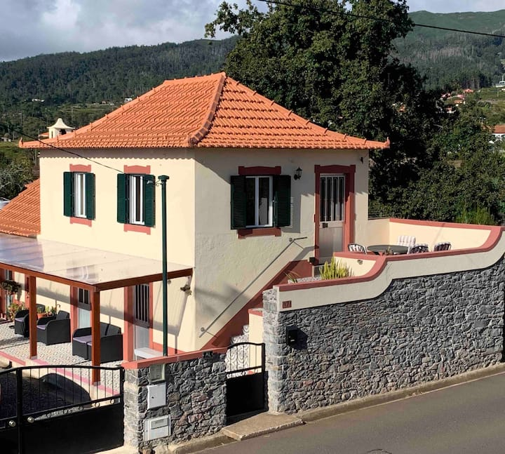 Casa da Maria  (close to Levada Prazeres )
