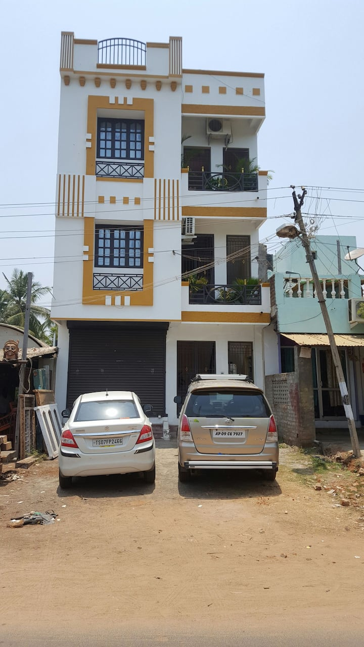 INDEPENDENT 7BHK VILLA NEAR SERENITY BEACH PONDY.