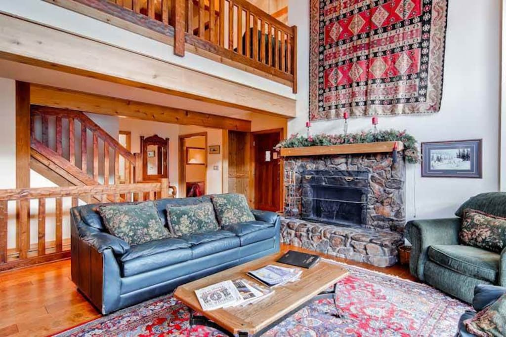 Couch, Furniture, Fireplace, Hearth, Indoors