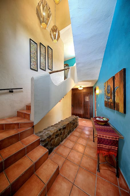 Beautiful entrance and staircase