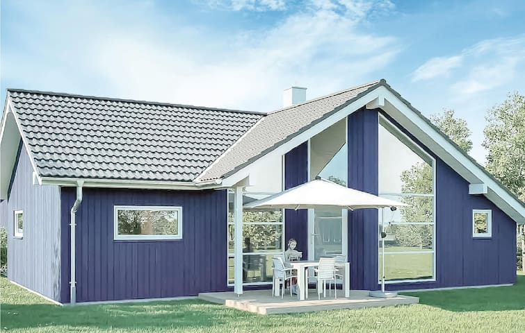 Holiday cottage with 3 bedrooms on 81m² in Krems II/Warderbrück