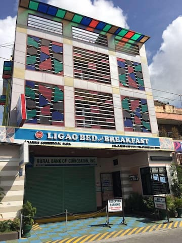 Ligao Bed & Breakfast (3B- Queen Room)