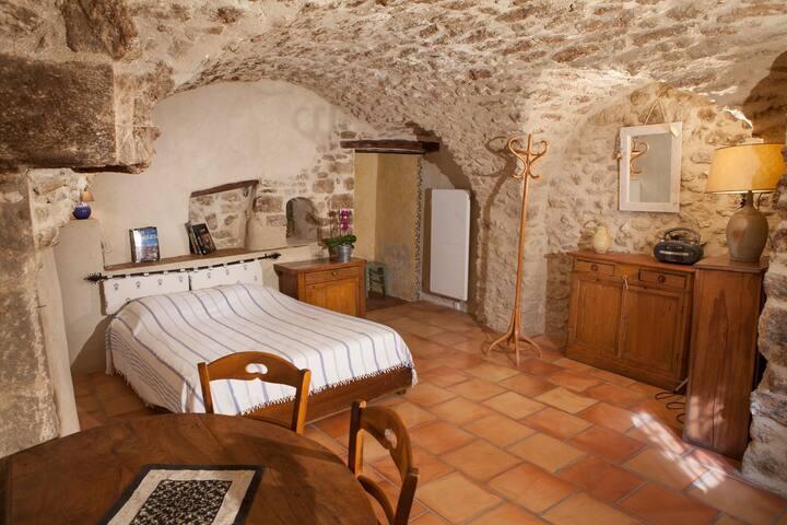 Chambre d'hôte au pied du Luberon - Cucuron - Bed & Breakfast