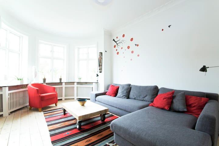 Authentic villa Copenhagen & Beach - Hellerup - Casa