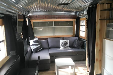 ECO- Friendly Urban Living Tiny House - Salt Lake City - Autocaravana