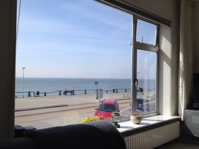 Beach apartment with sea view - Vlissingen - Apartament