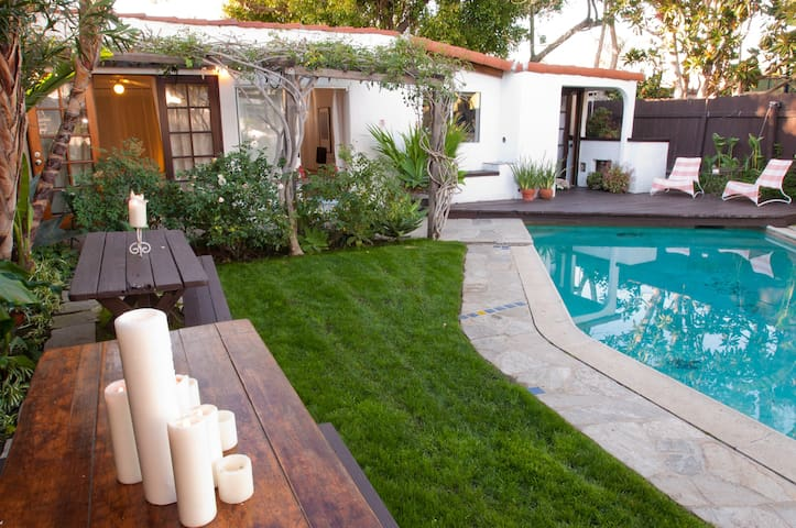 back yard, pool and guesthouse