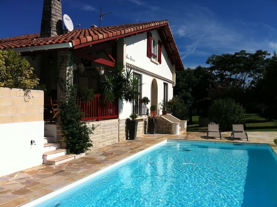 Villa plage a pied piscine vue mer maisons louer - Chambre d hote saint jean de luz pas cher ...