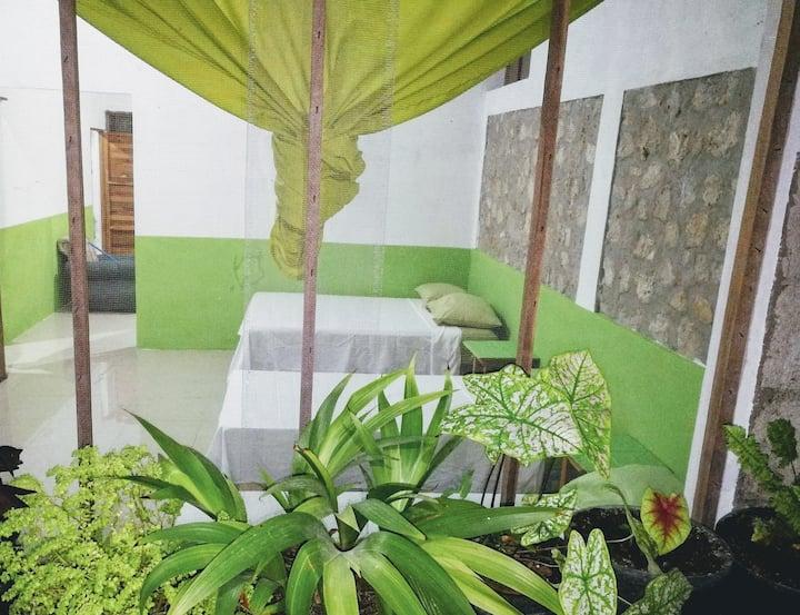 Mundo Maya Guest House  San Jose Peten Guate/Wifi