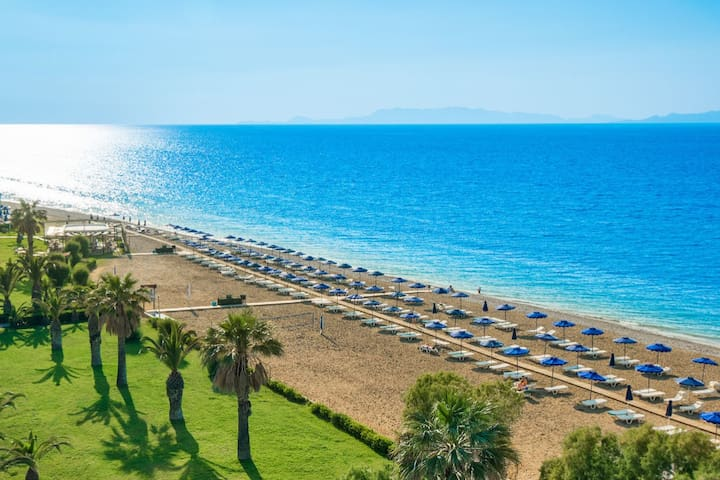 Fully equiped apartment 100m from Ixia Beach