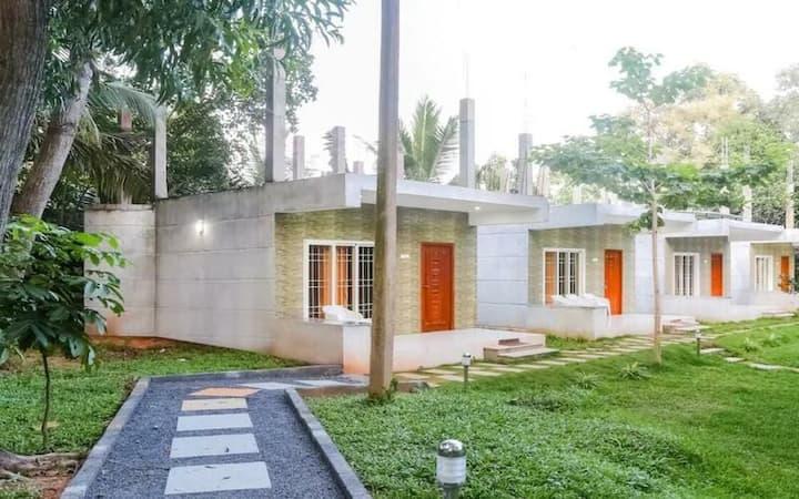 Classy AC Cottage At Pondicherry