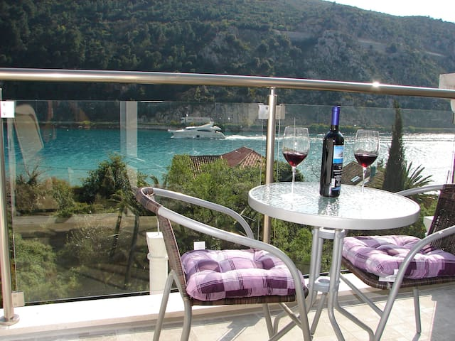 Apartments Ines with sea view II -  Dubrovnik - Wohnung