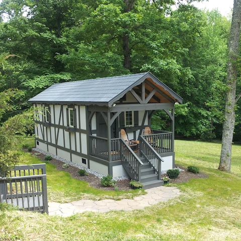 European Style Cabin  - Tryon