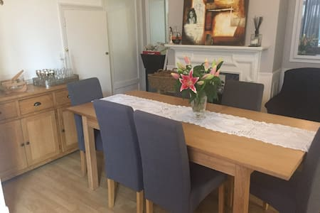 Clean house - Staines-upon-Thames