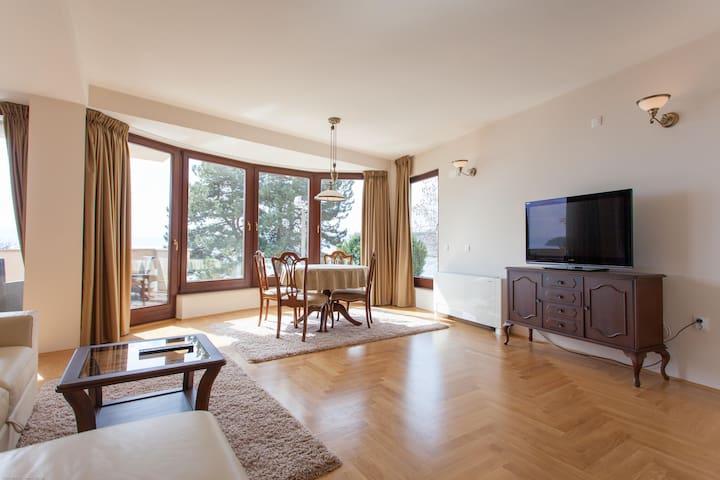 Cozy apartment by the Ohrid Lake - Ohrid - Villa