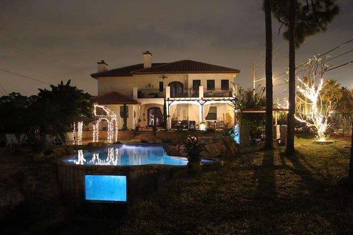 Amazing Mediterranean Villa