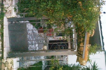 Villa di campagna Roberta valleCino - Corigliano Calabro - บ้าน