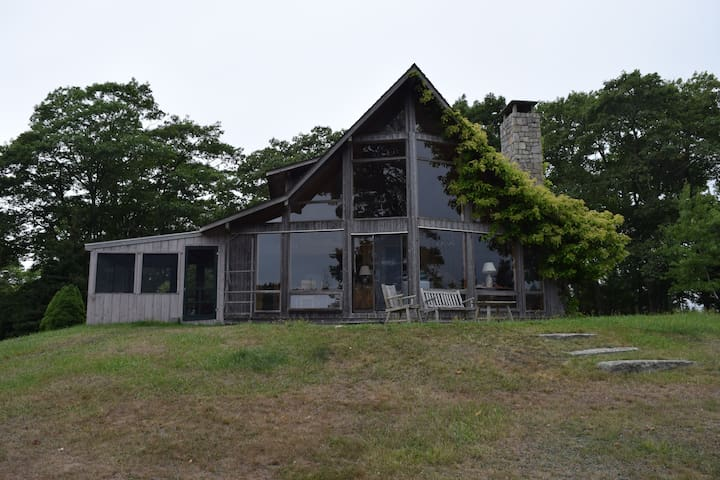 Point House on Swans Island, ME - Swans Island - 獨棟