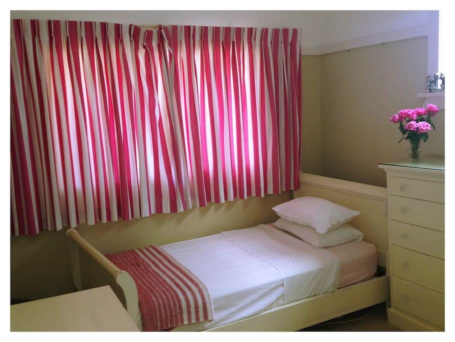 Bedroom three - Queen size single