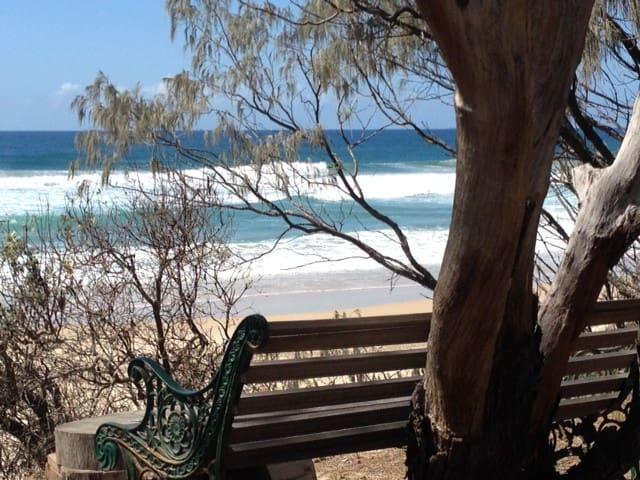 Beachies on Lorikeet - ABSOLUTE BEACHFRONT