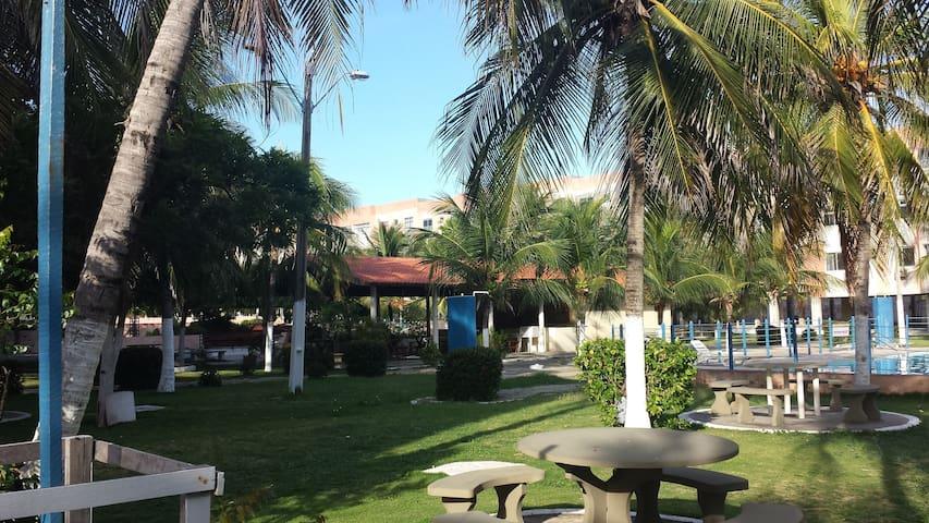Ap. terreo 2 suites na praia do Morro Branco - CE