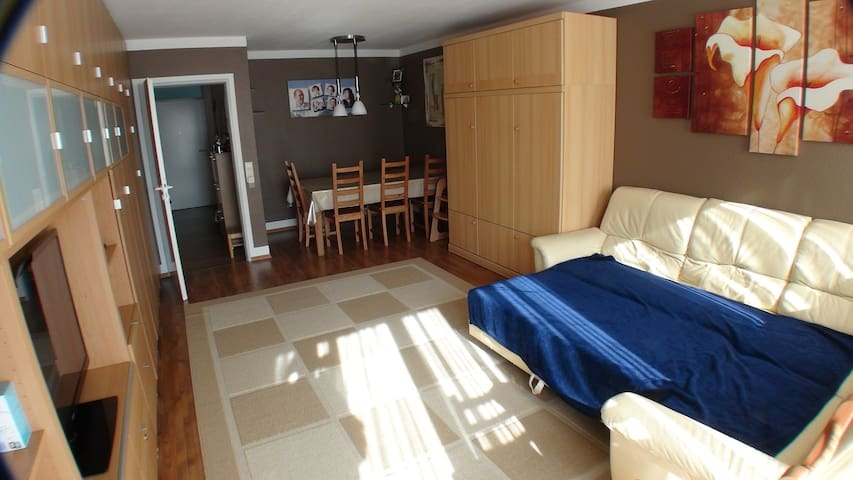 4-room apt. near fairground ID 70 - Hannover - Appartement
