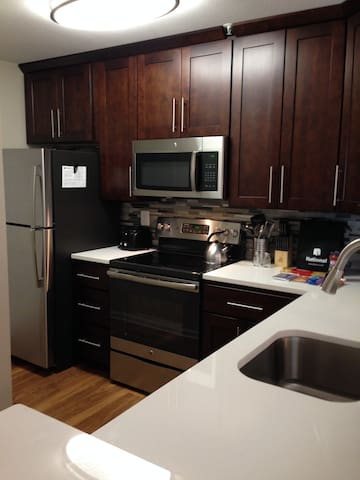 Fabulous 2BR Apartment - Minutes From One Loudoun
