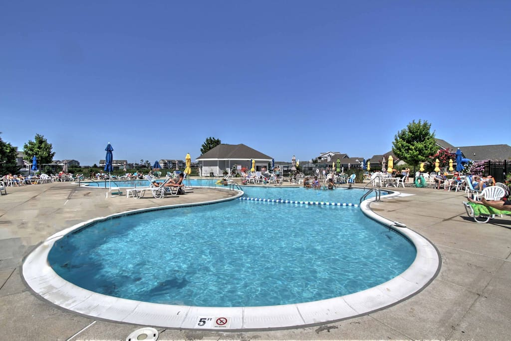 Situated in the Bethany Bay Resort community, this property enjoys access to an abundance of on-site amenities.