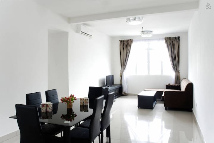 New condominium Pines residence - Gelang Patah - Apartment