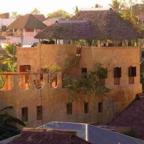 Waterfront view - House or Room  - Lamu - Bed & Breakfast