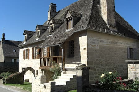Correzien stone house deep in real France