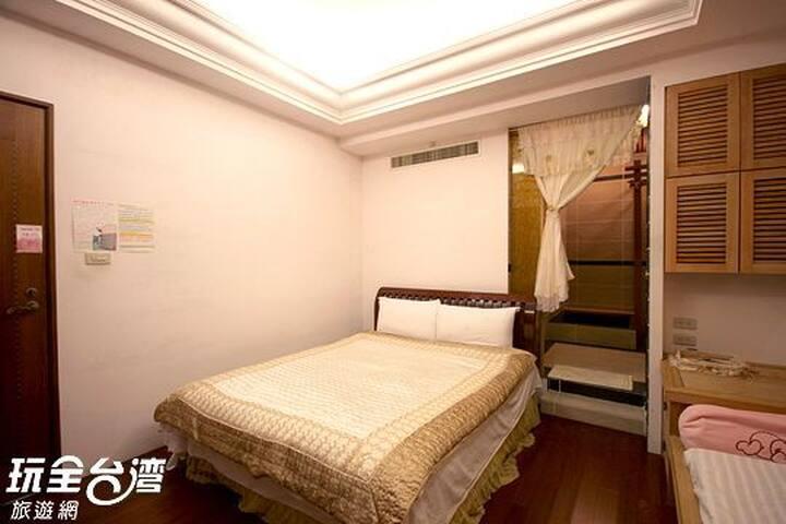 傑出醫師的主臥室 - Chishang Township - Apartment