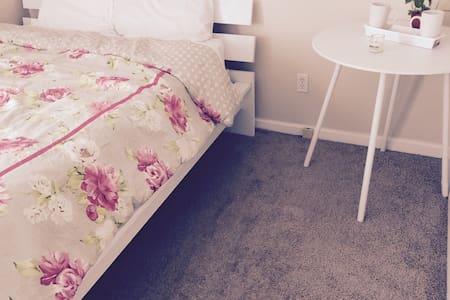 The Grand White Room/W.C.C./DOME - Atlanta - Apartament