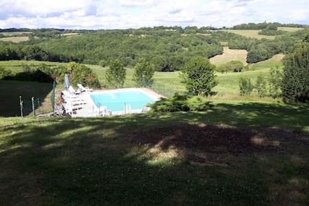 Old farmhouse with outbuilding and swimming pool - Saint-Cernin - Talo