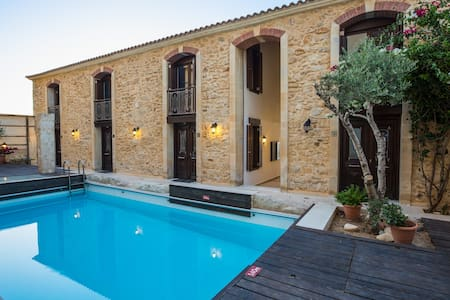 Beach Front Residence II, sandy holiday! - Rethymno