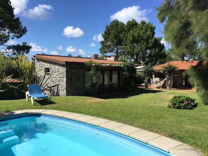 house in TIOTOM, CHIHUAHUA sauna, pool and jacuzzi