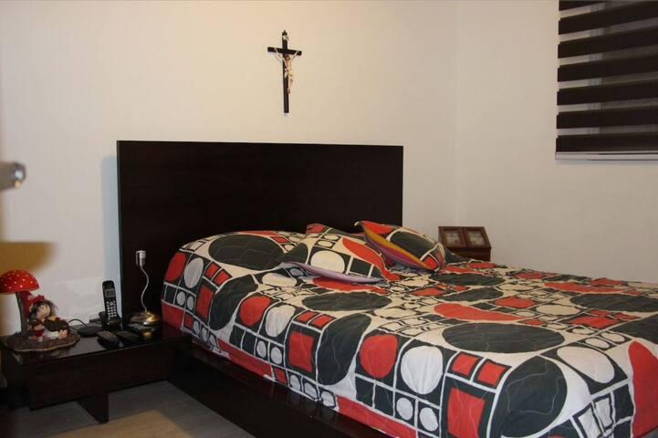Private room good price Valle de los Chillos Quito