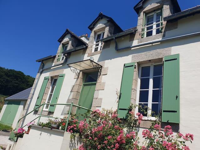 Chambre d'hôtes, Canal de Nantes à Brest