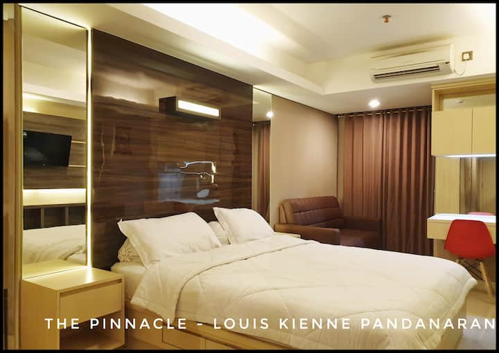Apartemen Studio Louis Kienne The Pinnacle #708